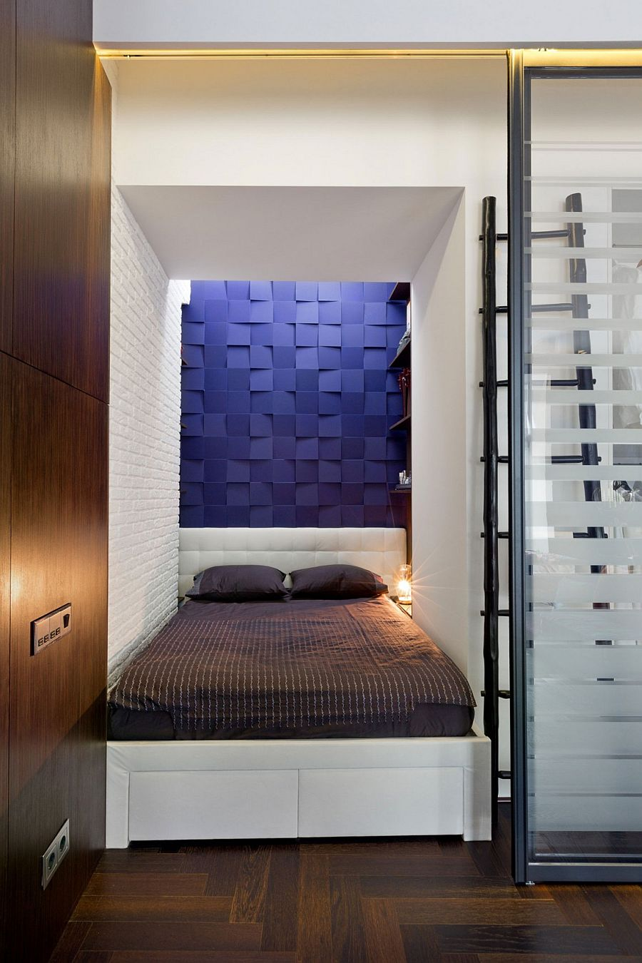 Small Apartment In Kiev Amazes With Cleverly Hidden Rooms