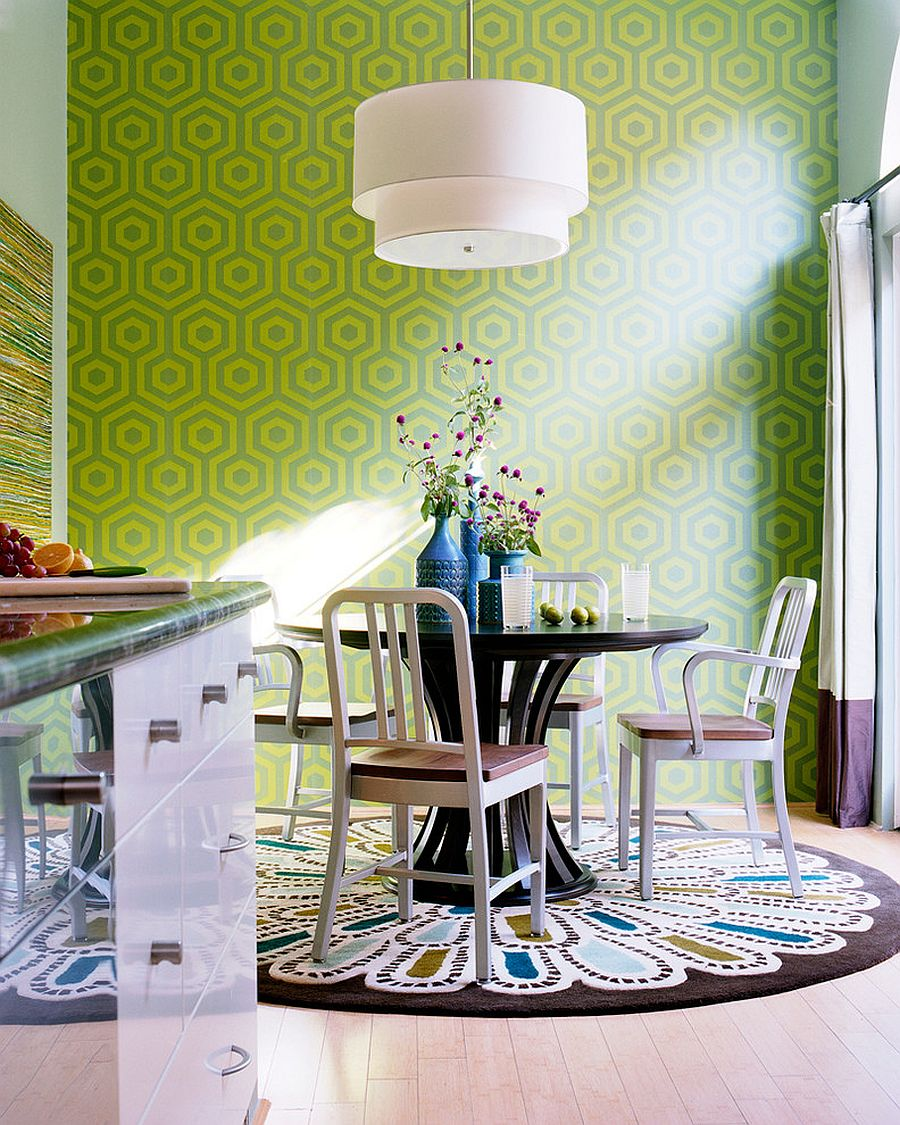 how to choose the dining room rug on 77 Choosing The Right And Fitting Dining Room Table id=26023