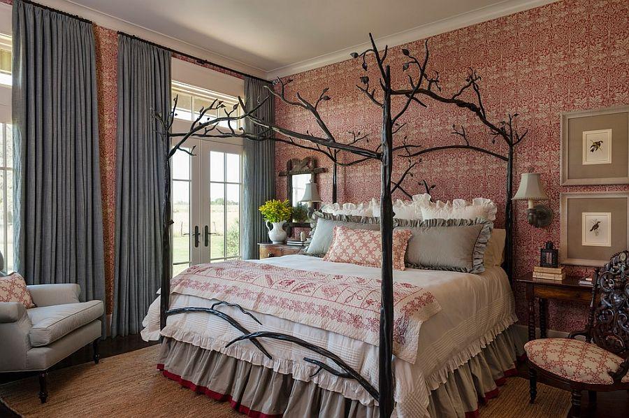 Living Room Walls Decorating Ideas