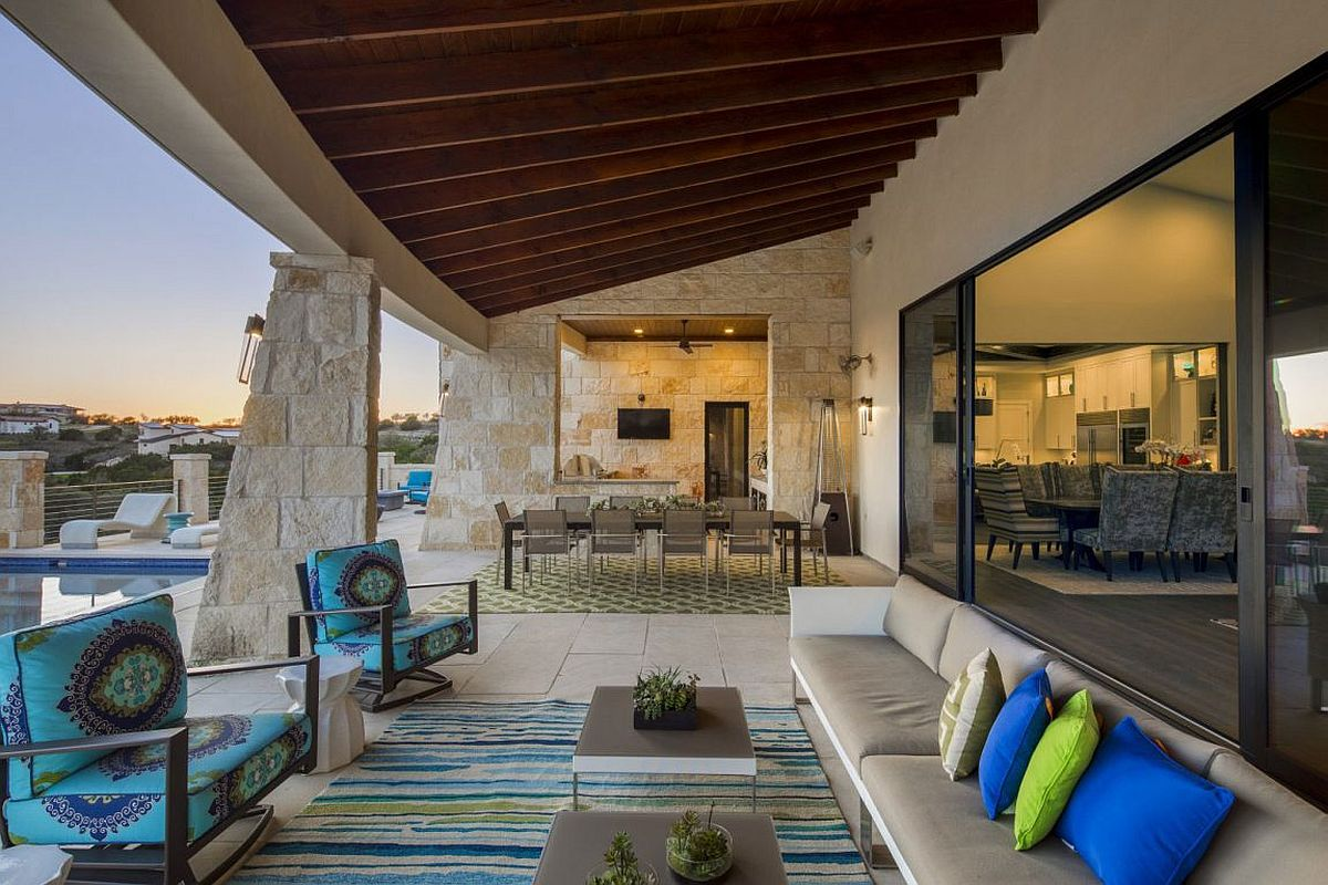 Outdoor Living And Dining At The Sensational Contemporary
