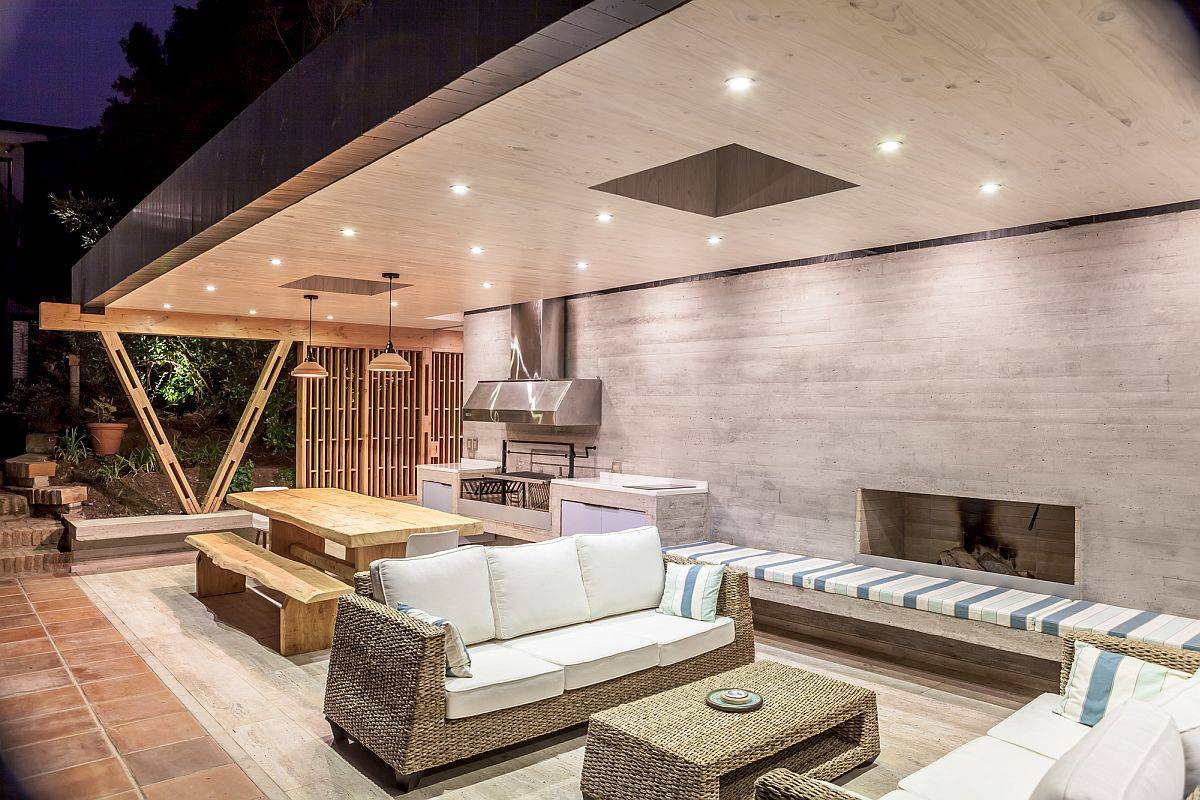Outdoor Living At Its Breezy Best Modern Beach Pavilion