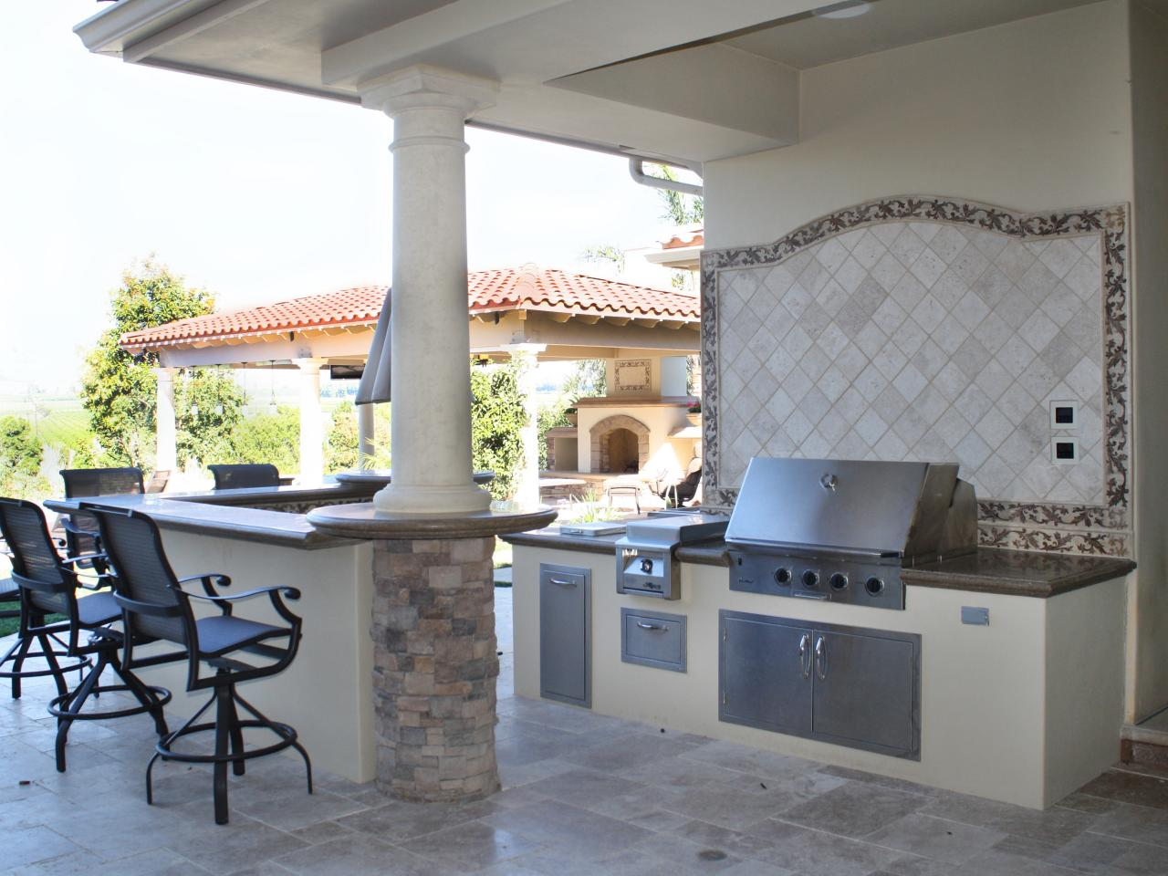 30 Fresh and Modern Outdoor Kitchens on Patio Kitchen  id=75420