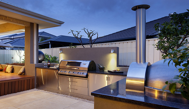 30 Fresh and Modern Outdoor Kitchens on Patio Kitchen  id=49681