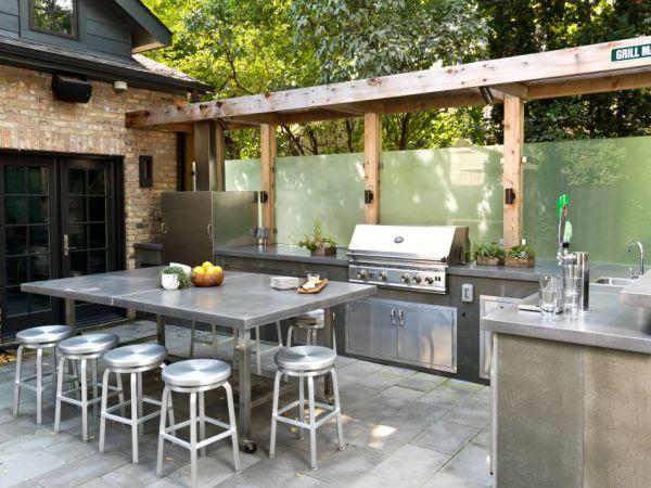 outdoor patio kitchen design idea 30 Fresh and Modern Outdoor Kitchens