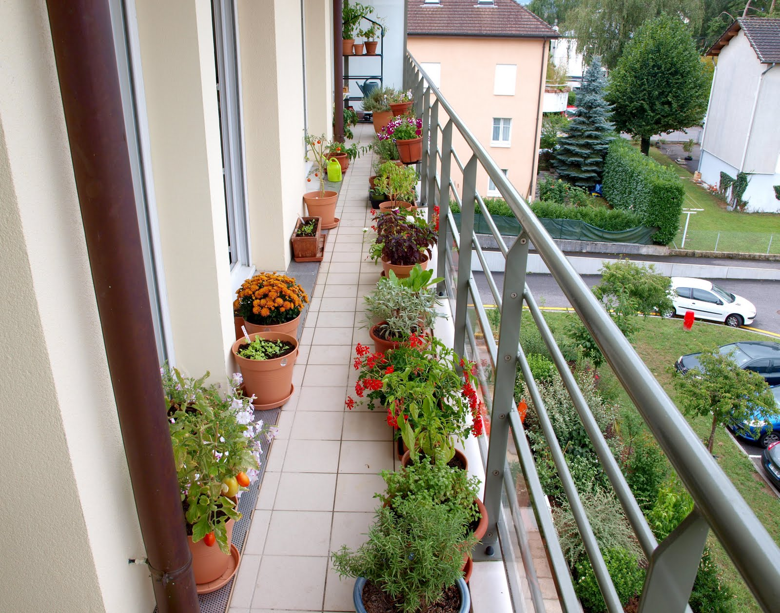 urban oasis balcony gardens that prove green is always in on Artificial Garden For Balcony id=66231