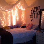 30 Romantic String Light Ideas For The Bedroom