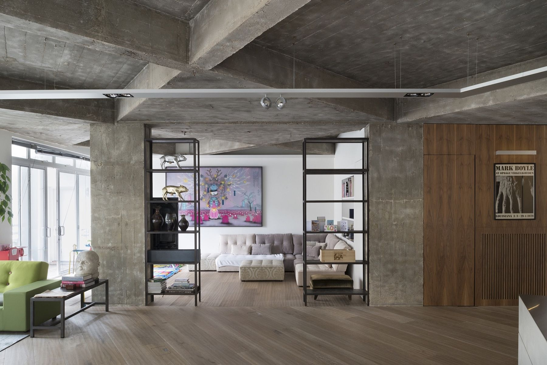 Concrete Charisma Stunningly Refurbished Modern Industrial London Loft
