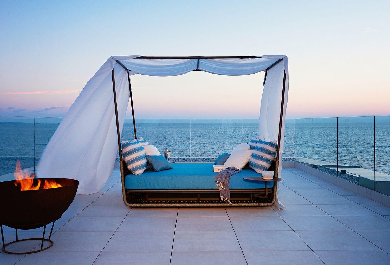 Going Nautical and Doing the Samba: Luxurious Outdoor ... on Nautical Backyard Ideas id=27875