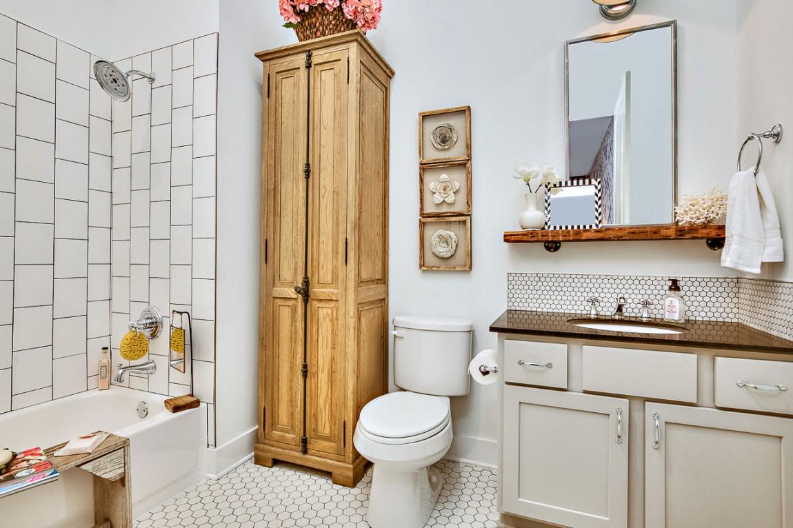 25 Tiny Apartment Bathroom Ideas that Maximize Space and ... on Bathroom Ideas Apartment  id=72159