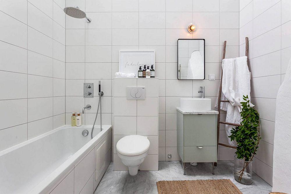 25 Tiny Apartment Bathroom Ideas that Maximize Space and ... on Apartment Bathroom Ideas  id=54744