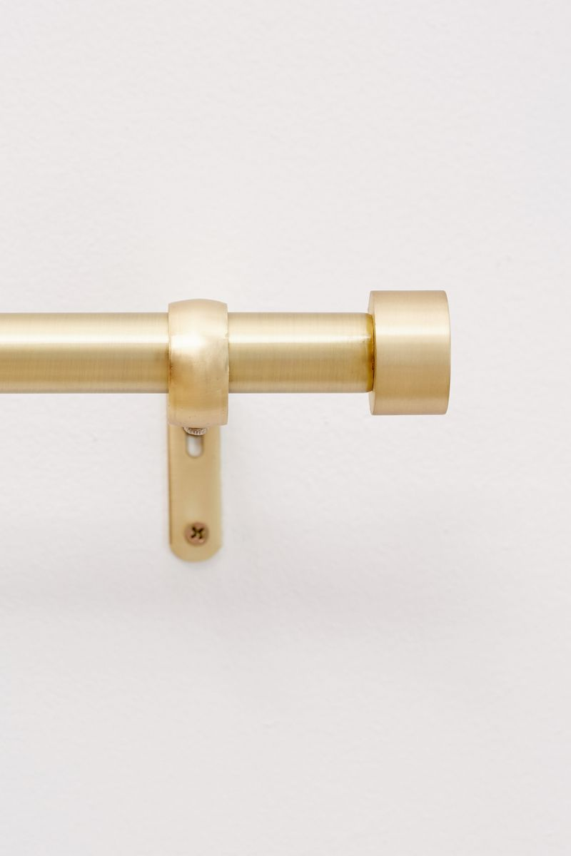 a guide to stylish curtain rods