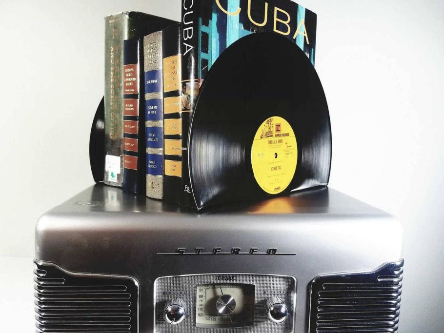Vinyl record bookends