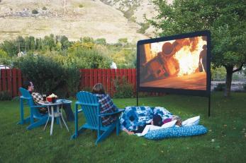 Backyard Movie Theater Screens Refuge