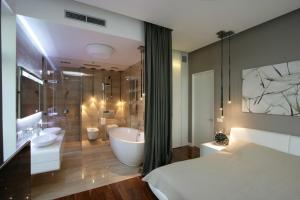 Bathroom Master Bedroom Designs Contemporary