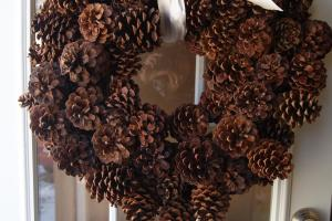 Beautiful Pine Cone Wreath Busy Nothings