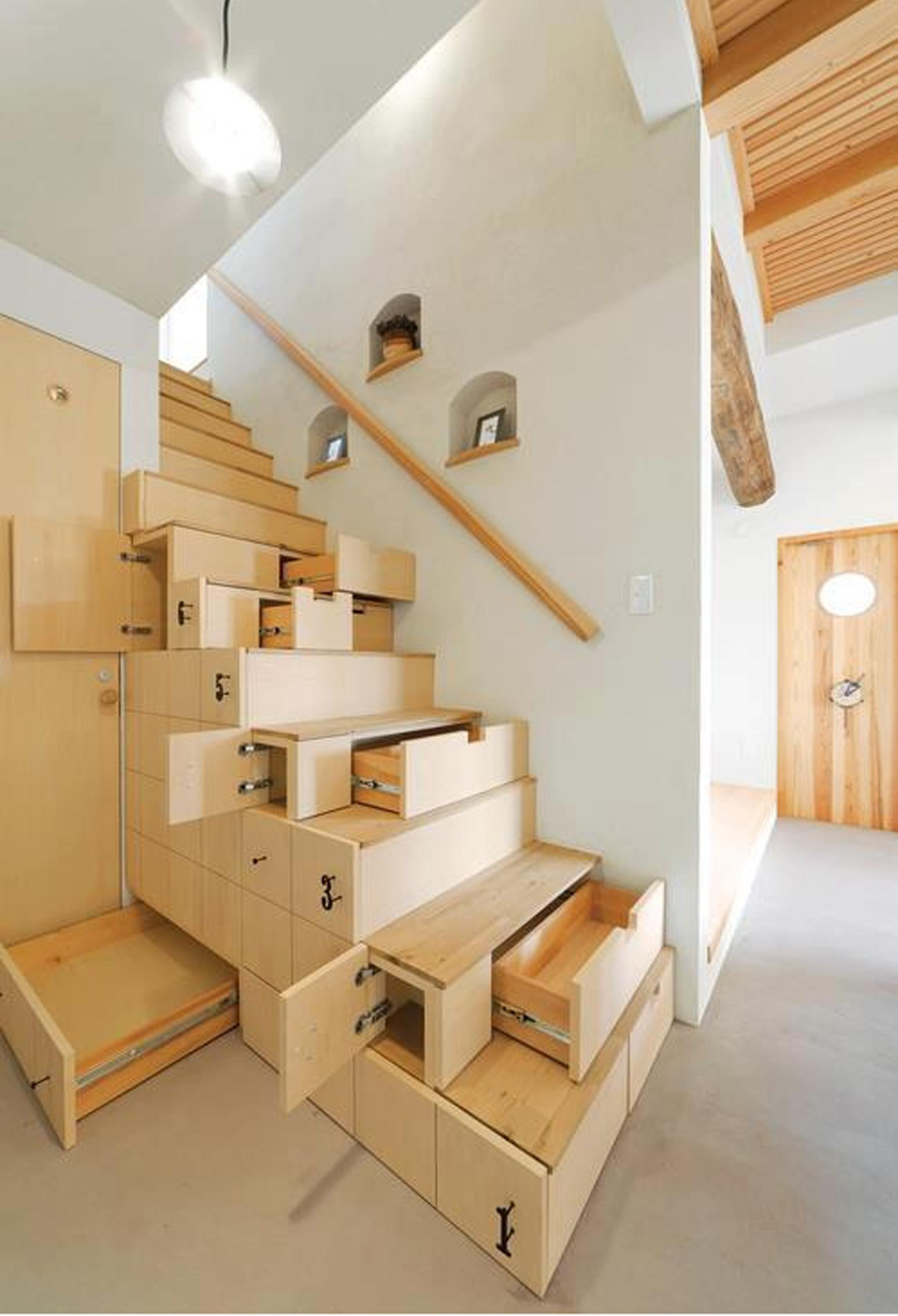 37 Contemporary Space Saving Stairs Design Idea That Are Simple | Space Saving Stairs Design | Storage | Small Space | Cute | Low Cost | 2Nd Floor Small Terrace Concrete