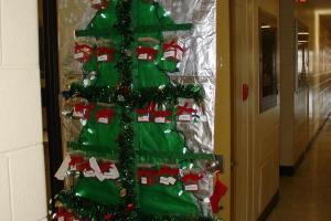 Biology Graduate Student Association Christmas Door