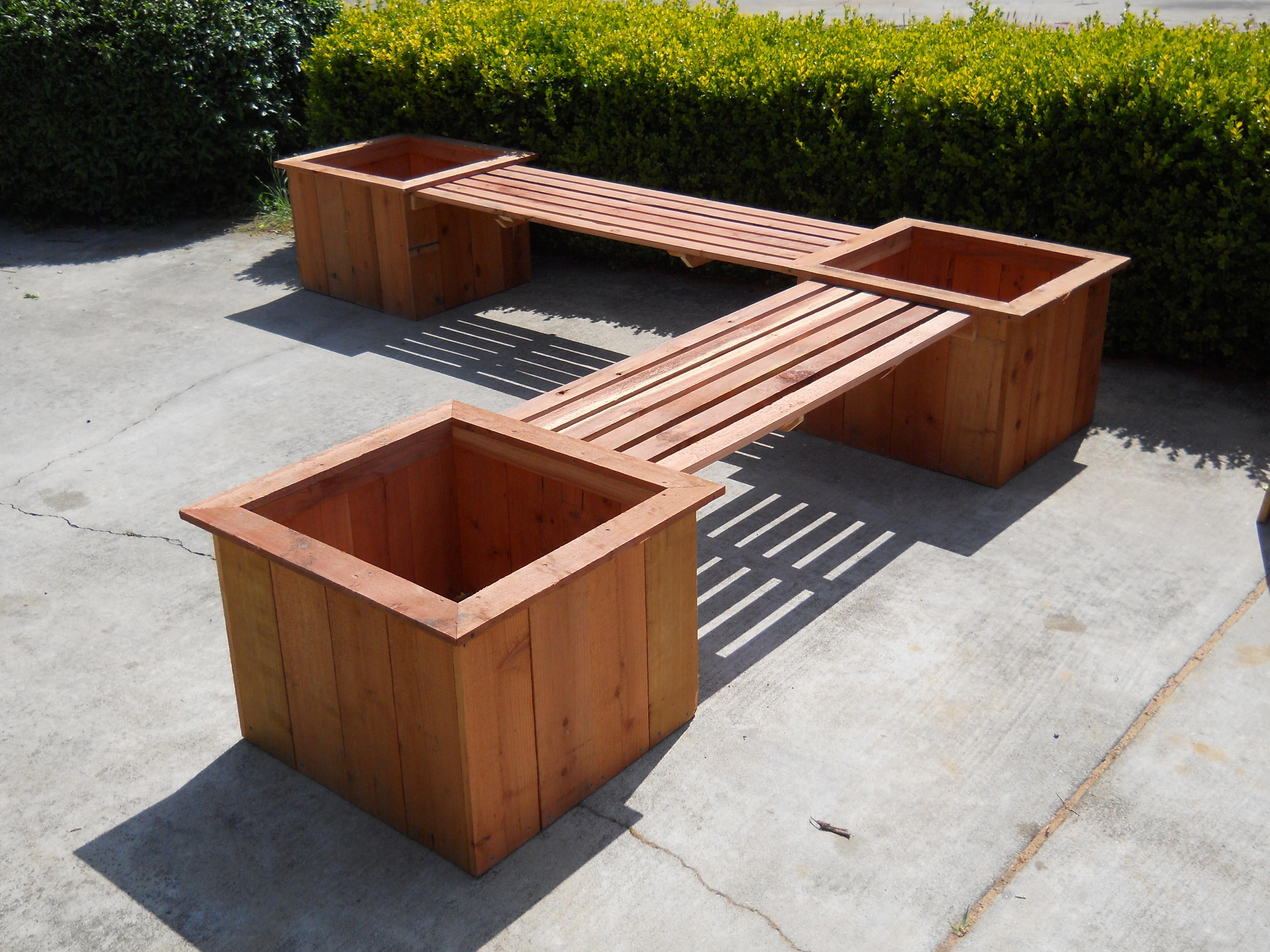 Gorgeous Diy Planter Benches That Represent Heaven For The Humans Eye Great Photos Decoratorist