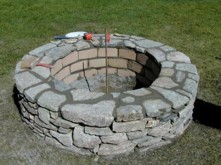 Build Stone Fire Pit Tos Diy