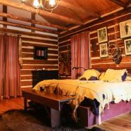 Charming Decorating Ideas Cabin Room Bath