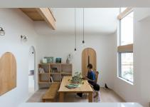 Compact Home Japan Looks Enchanting Arches