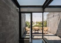 Concrete Steel Glass Townhouses Invite Minimalism