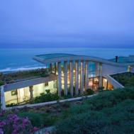 Contemplative Sea Retreat Chile Raimundo Anguita
