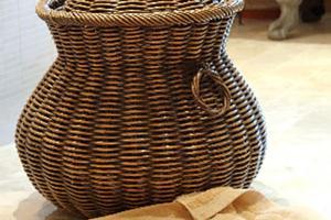 Contemporary Wicker Laundry Baskets Using