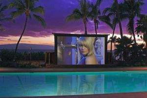 Create Entertaining Outdoor Movie Night