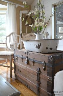 Decorate Vintage Decor Little Nest