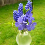 Diy Busters Incandescent Light Bulb Vase Worth