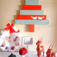 Diy Christmas Whimsical Pallet Tree Wreath