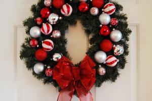 Diy Evergreen Christmas Wreath Sweet Dee