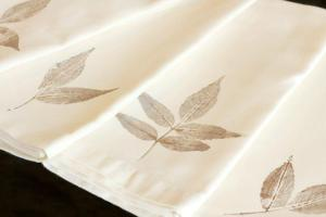 Diy Leaf Stamped Napkins Hometalk