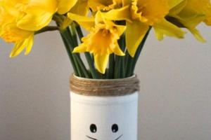Diy Recycled Easter Bunny Vases Hometalk