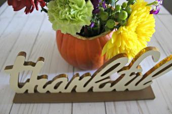 Diy Thanksgiving Centerpiece Pumpkin Flower Arrangement