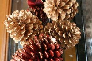 Diy180 Merry Christmas Pine Cone Swag