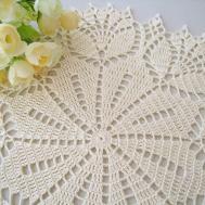 Dosymphony Crochet Doily Cream Tulip Flower Lace