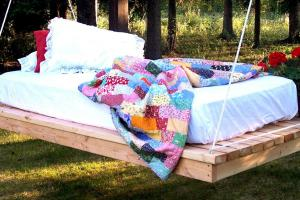 Easy Diy Hanging Daybed