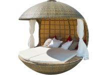 Elegant Spherical Shelter Providing Ultimate Relaxation
