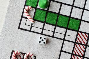 Festive Fun Diy Christmas Board Game Motte