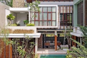 Green Oasis Jakarta Merges Javanese Tradition