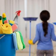 House Cleaning Tips Make Window Clean Shiny
