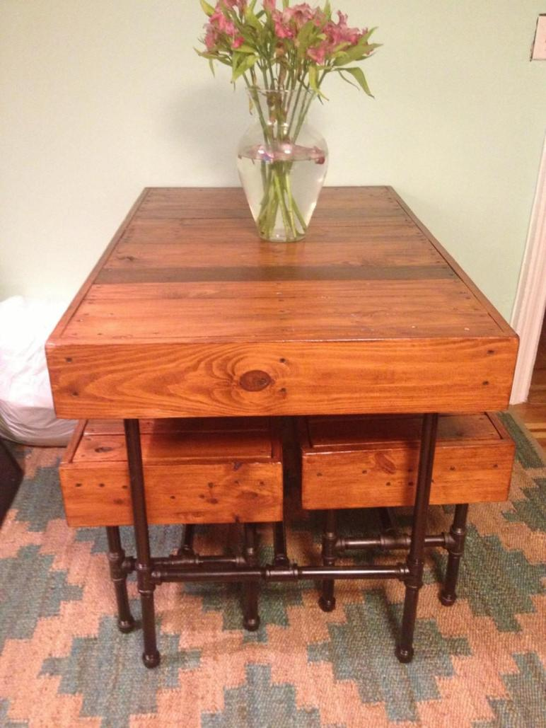 Industrial Pipe Leg Pallet Dining Table