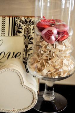 Keep Simple Sister Book Vase Filler