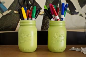 Kiwi Design Blog Diy Spray Painted Mason Jars