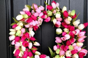 Life Love Larson Diy Spring Tulip Wreath