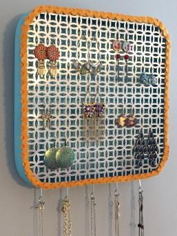 Make Diy Wall Jewelry Organizer
