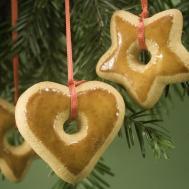 Make Homemade Christmas Ornaments