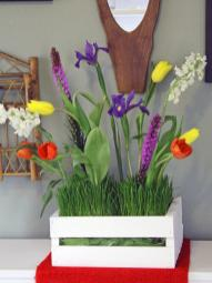 Make Simple Floral Mother Day Centerpiece